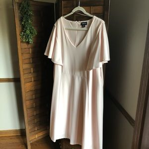 Peter pink flutter sleeve dress 20W